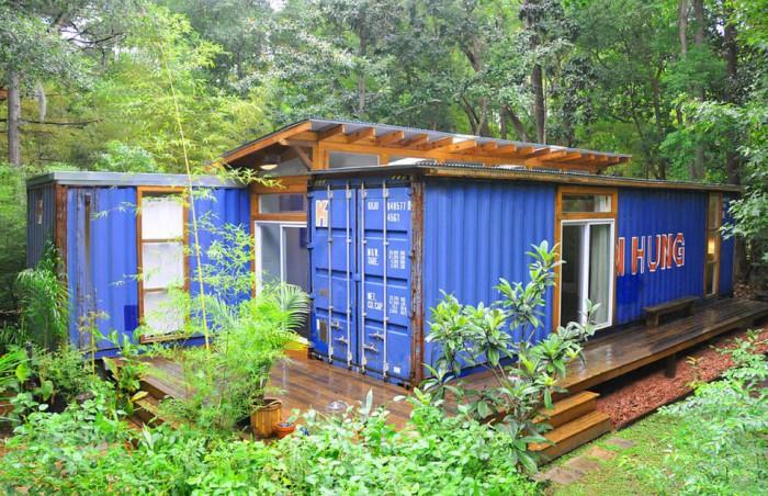 julio-garcia-savannah-project-exterior3-via-smallhousebliss-700x452
