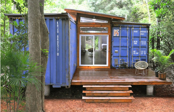 julio-garcia-savannah-project-exterior4-via-smallhousebliss-700x452