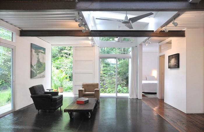 julio-garcia-savannah-project-interior1-via-smallhousebliss-700x452