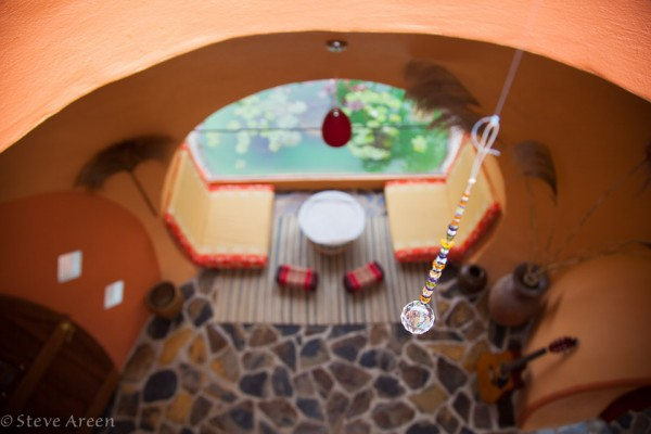 10-Tropical-decor-600x400