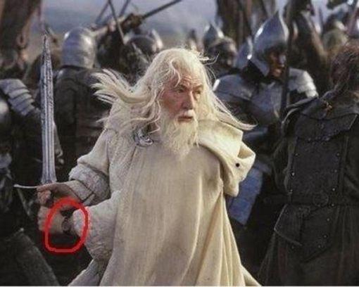 Pán prsteňov a Gandalf s hodinkami.