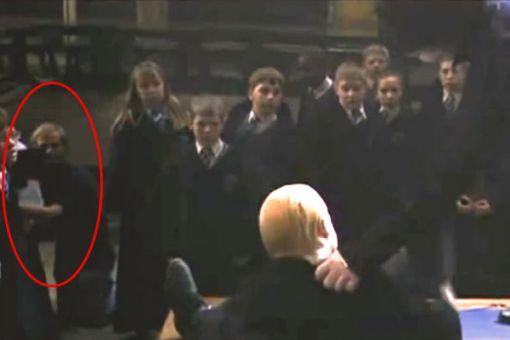 Harry Potter a tajomná komnata: Harryho duel s Malfoyom pri ktorom nemohol chýbať ani kameraman.
