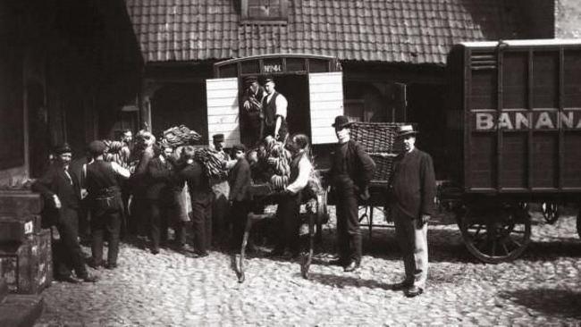 Nórsko oslavuje prvú dodávku banánov do krajiny.
