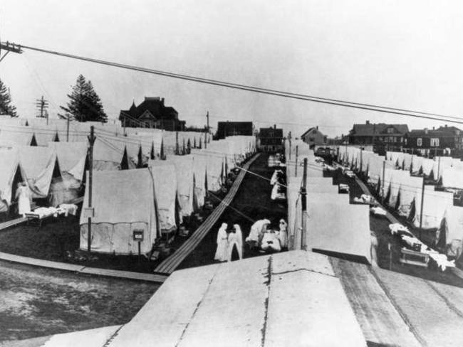 V amerike zomrelo na chrípku 615 - tisíc ľudí. Na celom svete zomrelo 50 miliónov ľudí a ďalších 500 miliónov bolo infikovaných.