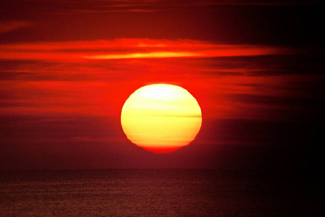 Napadlo vás niekedy, ako ďaleko je Slnko? Je to vyše 150 miliónov kilometrov od Zeme. To je naozaj ďaleko.