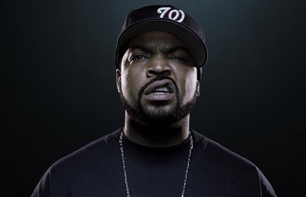 """Pôvodne mal postavu Bubbu stvárniť Ice Cube. """"Na štastie"""" túto úlohu hral menej známy herec Mykelti Williamson."""