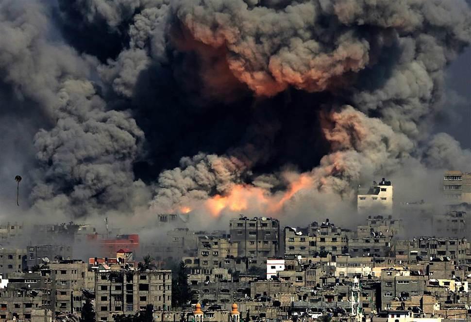 Výbuch v pásme Gazy začal v tejto oblasti vojenskú operáciu, ktorá zabila 2200 ľudí. Júl/August.