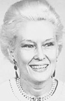 Svätý Augustín, 1972. Herečka a modelka Athalia Ponsell Lindsley, užívajúca si kľudný a pokojný dôchodok bola zavraždená mačetou na schodoch. Z vraždy obvinili jej suseda ale pre nedostatok dôkazov ho prepustili. Keď sa jedna jej kamarátka pokúšala zistiť viac faktov o vražde, bola zavraždená. Kto bol vrah?