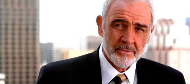 Viete si predstaviť, že by Gandalfa hral Sean Connery? Prvotne mu bola táto rola ponúknutá, avšak nikdy nečítal knihu a teda nerozumel svojej úlohe. Dokonca mu bola ponúknutá 15% tržba, z celkového zisku filmu z kín, čo by predstavovalo 400-miliónov dolárov. Ide o sumu, ktorá nebola nikdy v živote ponúknutá žiadnemu hercovi za jednu rolu.