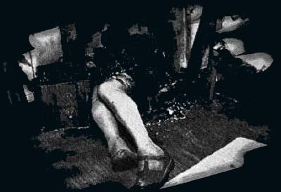 V decembri roku 2001 sa našla v meste Garden Grove v Kalifornii 73 ročná žena vo svojom dome, ktorá zomrela na následky popálenín tretieho stupňa, ktoré mala na 90% tela. Keď do domu dorazili záchranári a hasiči, ostali v nemom úžase. Nevedeli si vysvetliť, ako je možné, že žena zhorela do tla, no gauč a všetok nábytok ostal úplne nedotknutý. Ďalší zaujímavý prípad sa stal v roku 1997 v meste Gortaleen v Severnom Írsku. Tam 76 ročný John O´Connor začal náhle horieť pred svojou manželkou. Zhorela mu iba hlava, ostatok tela ako aj stolička na ktorej sedel, ostali úplne neporušené.
