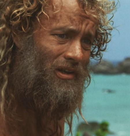 Natáčanie filmu Stroskotanec bolo pre Toma Hanksa veľmi namáhavé, tiež musel schudnúť a taktiež si nechal narásť bradu a vlasy tak ako keby bol na ostrove vážne sám.