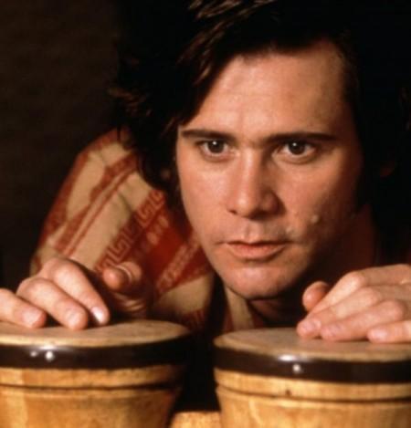 Jim Carrey sa na rolu Andyho Kaufmana vo filme Man on the moon pripravoval veľmi dôkladne, istú dobu žil ako Andy, dokonca sa aj nechal oslovovať jeho menom.