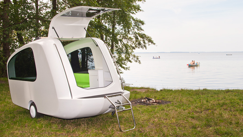 sealander-camper-boat-interior-lake_in