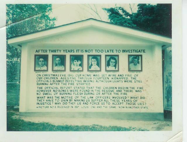 Na štedrý deň roku 1945 zachvátil dom rodiny Sodderovcov veľký požiar. George a Jennie Sodderovci spolu so svojimi štyrmi deťmi unikli z domu, avšak ich ďalším piatim deťom sa to nepodarilo. Po požiari sa však nenašli žiadne telá piatich zhorených detí. Čo je na tom divné? Dom zbĺkol tak rýchlo, že nie je žiadna šanca, aby zhoreli úplne do tla.