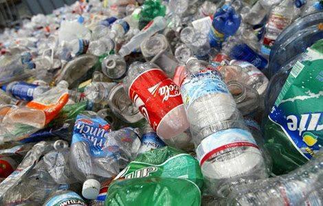 Viete o tom, že plastové fľaše sa rozkladajú až 500 rokov?
