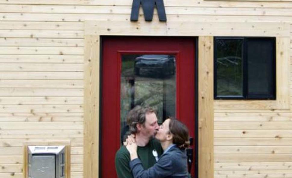 Teraz žijú bez hypotéku, čo zlepšilo nielen kvalitu ich života, ale aj ich vzťahu.