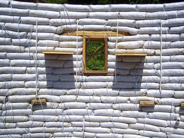 Earthbag-House-12