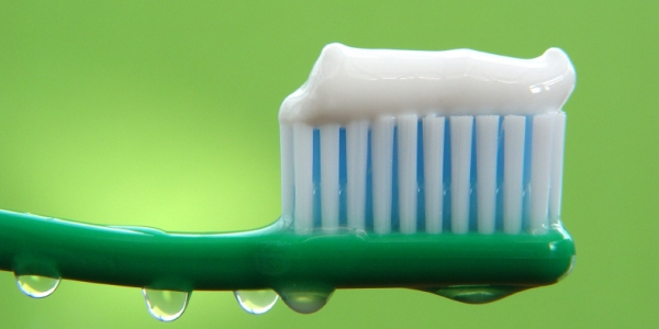 zubna pasta proste