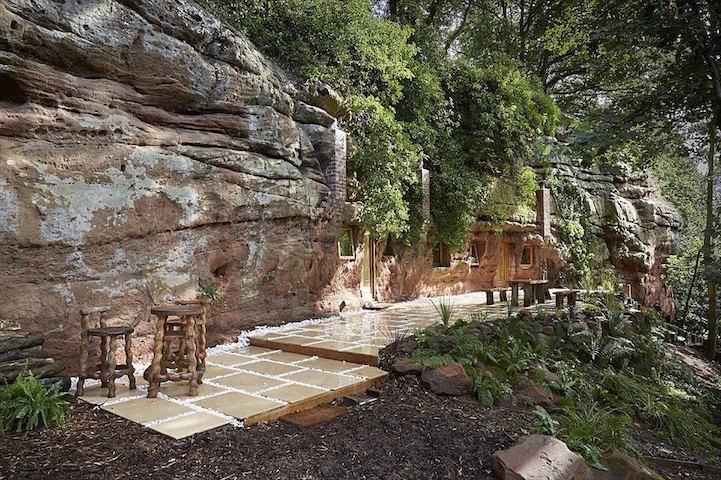 dom-v-jaskyni1