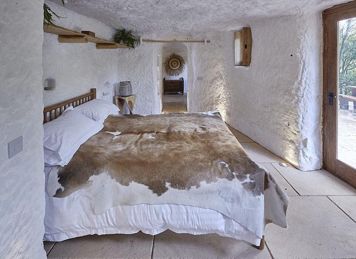 dom-v-jaskyni3