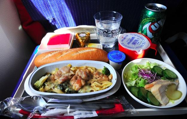 jedlo v lietadle4