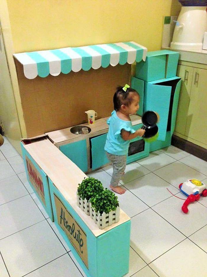 kuchynka-z-kartonu2