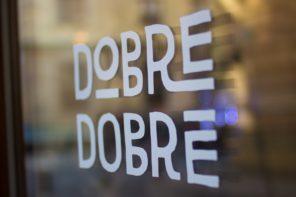 Táto kaviareň v Bratislave zamestnáva ľudí bez domova. Rozhovor aj o tom, že dobré veci sa dajú robiť naozaj dobre
