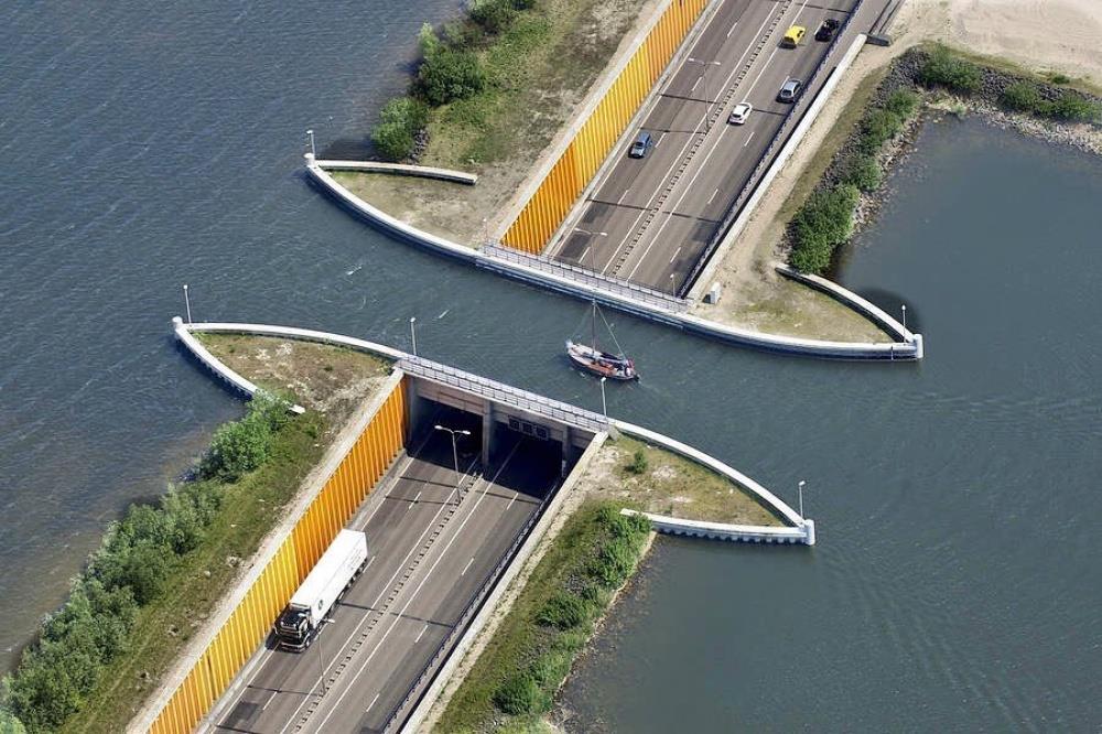 most-v-holandsku1